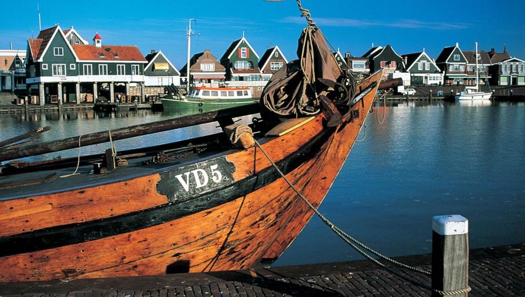 volendam-haven-met-schipnc