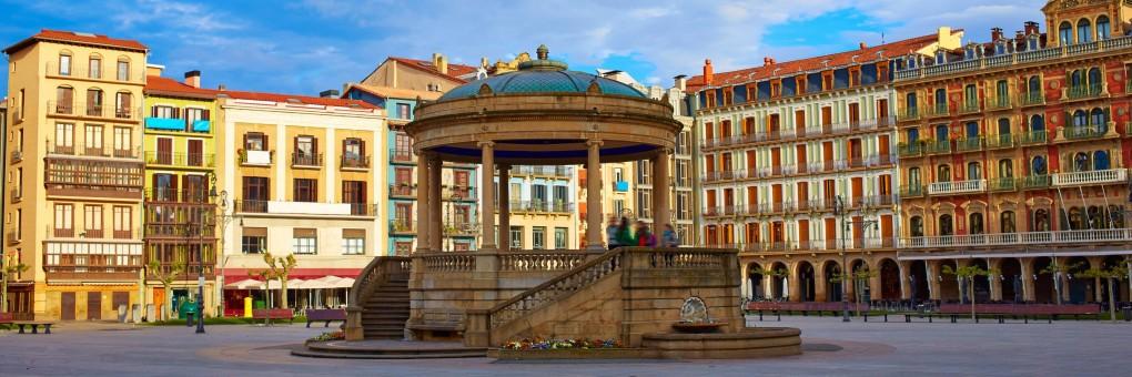 pamplona-navarra-in-spain-plaza-del-castillo-square-downtown-tono-balaguer