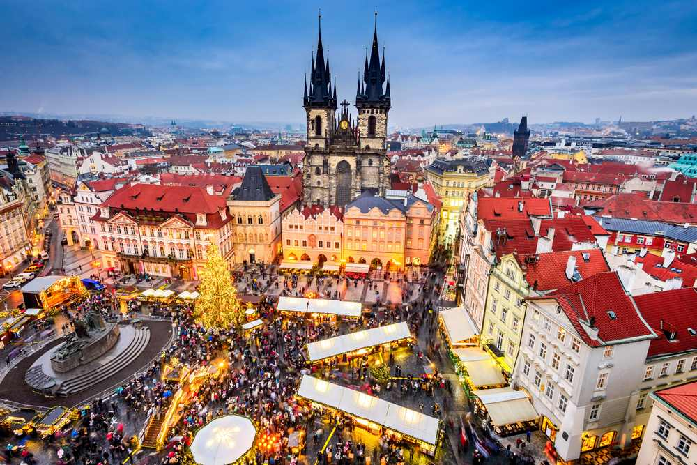 prague-christmas-market-view